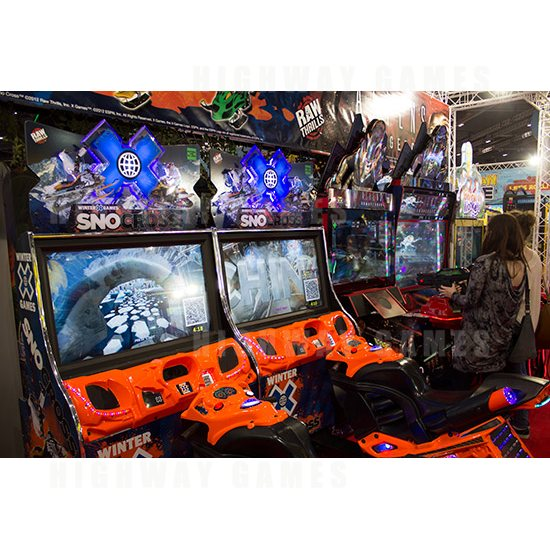 EAG International 2015 Wrap Up - Snocross and Aliens Armageddon - Raw Thrills - EAG International 2015